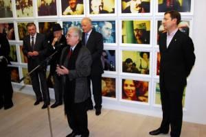 Sankt Peterburgo Ermitažo direktorius Michailas Piotrovskis sako, kad jo vadovaujamas garsusis muziejus norėtų įgyvendinti ir didelius projektus Vilniuje