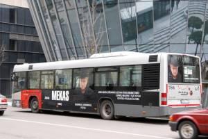 Nuo šiol Vilniaus gatvėmis važinės ir J.Meko nuotraukomis bei citatomis dekoruotas autobusas